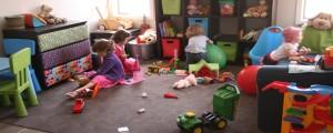 تعالوا شوفوا وشلون لعبت بغرفة ولدي بالبوية خ