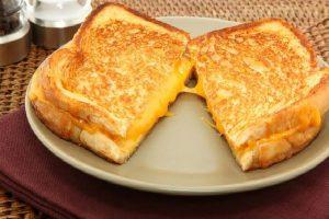 كور التوست بالجبن مجربة ولذيذة